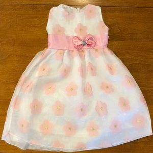 Other - 2T Flower Dress 🌸